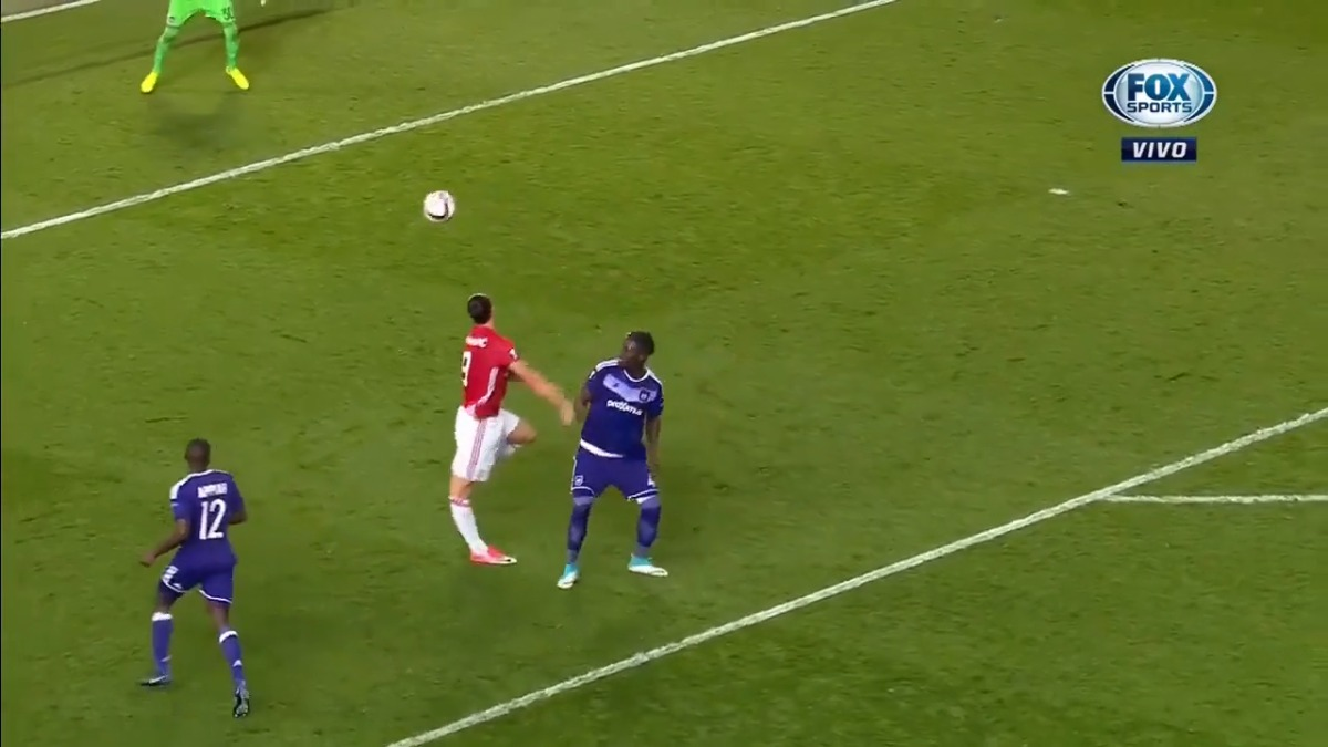 Zlatan Ibrahimovic no anotó en el partido de vuelta de Europa League entre Manchester United y Anderlecht.