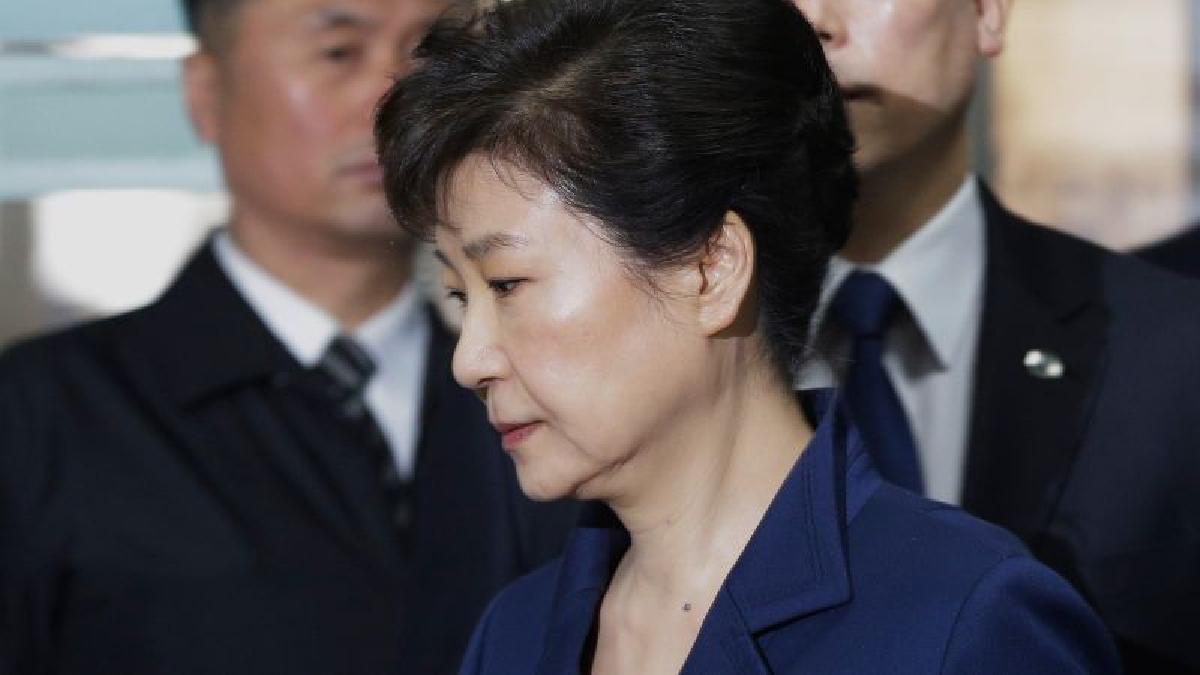 Park Geun-hye puede ser condenada a un mínimo de 10 años de cárcel e incluso a cadena perpetua.
