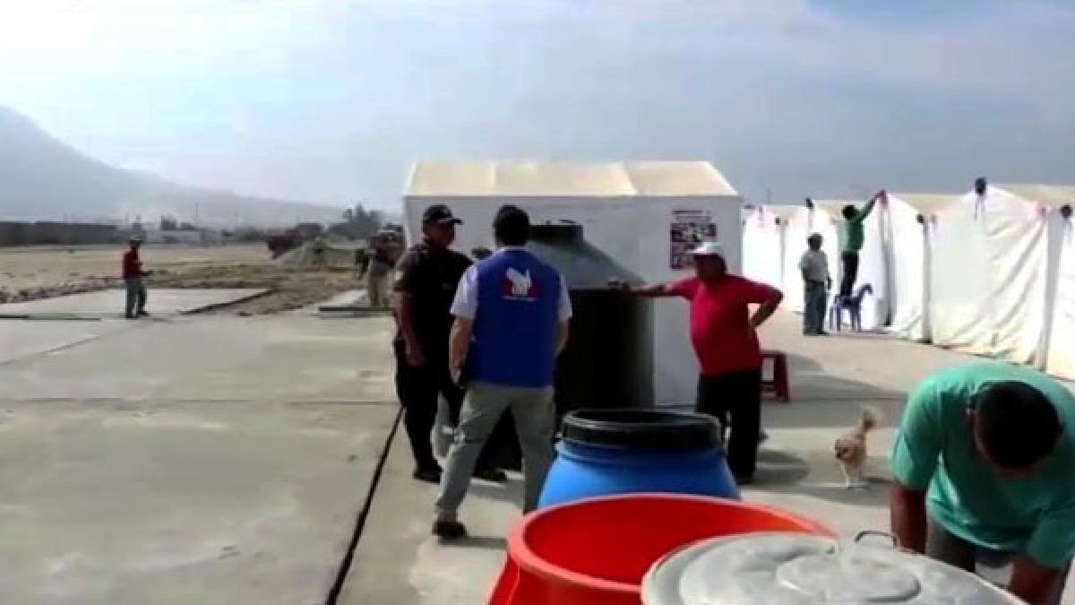 Inspeccionan albergues de damnificados en Trujillo.