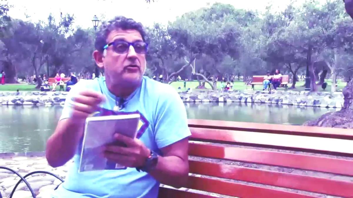 El actor Sergio Galliani lidera un  grupo de Facebook llamado: Buscadores de Libros.