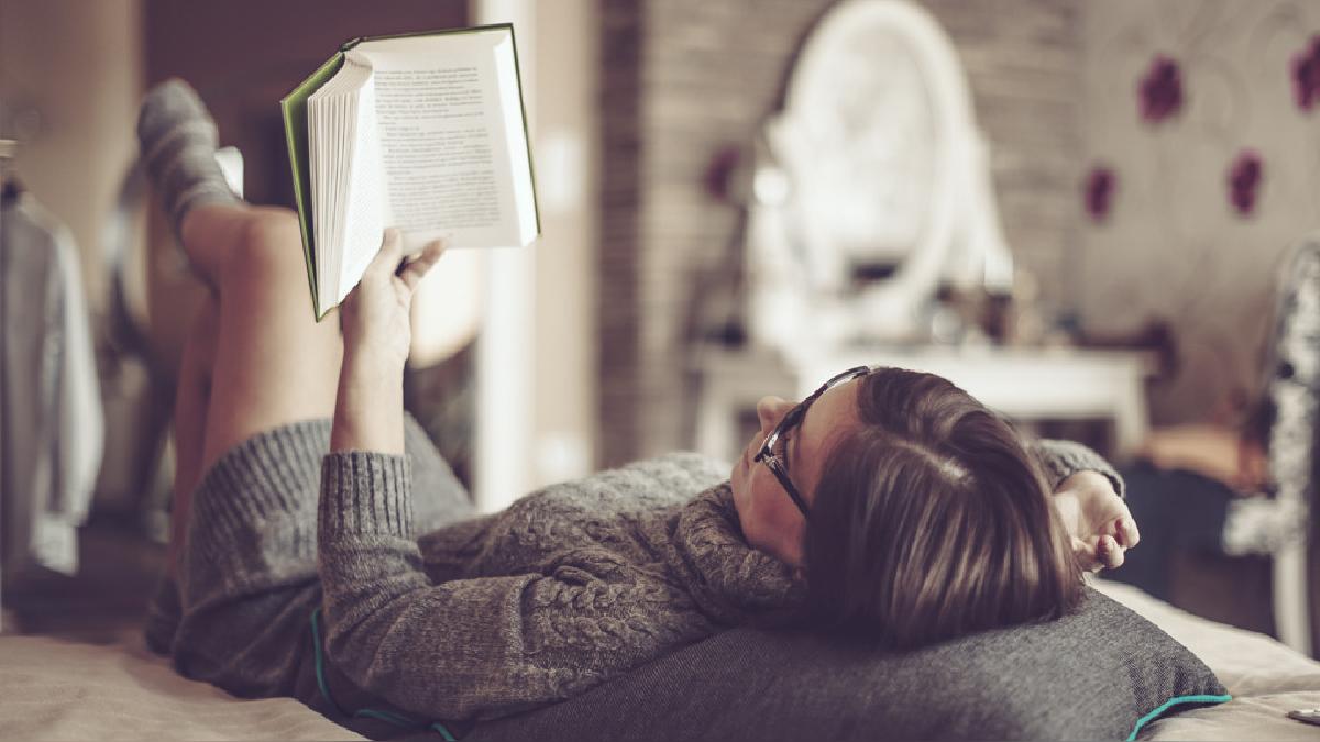 Leer en voz alta, en grupo o leerles a otros, hacen que esta actividad sea más placentera.