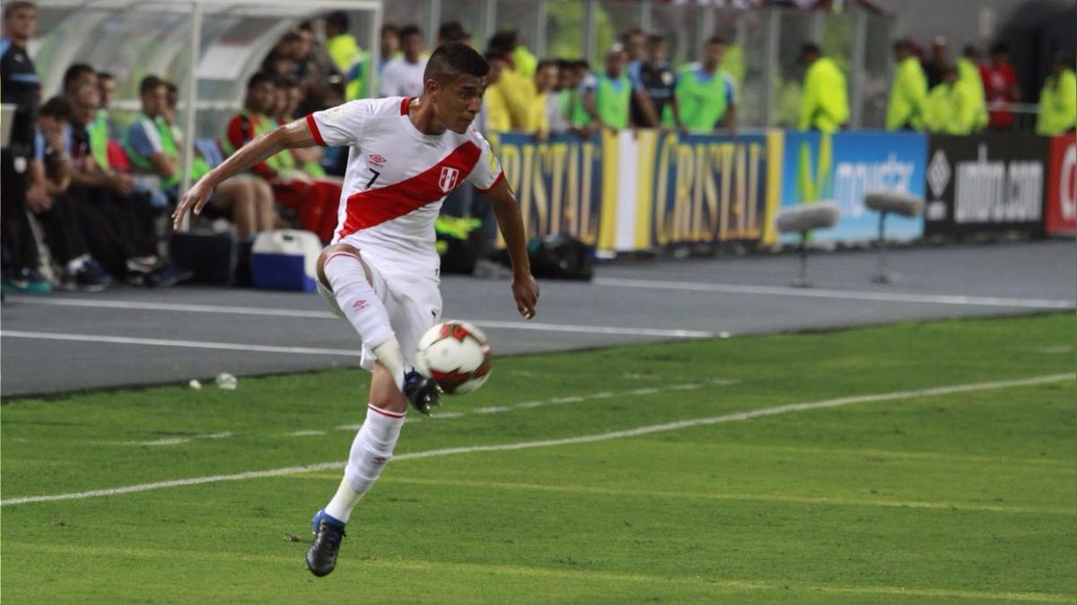 El volante de la Selección Peruana reemplazó a Christian Cueva en el partido ante Uruguay.