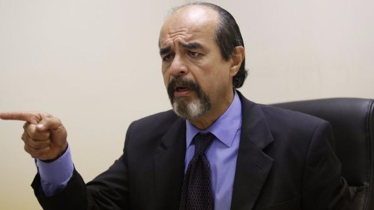 Mauricio Mulder ofrece disculpas a Osvaldo Cattone