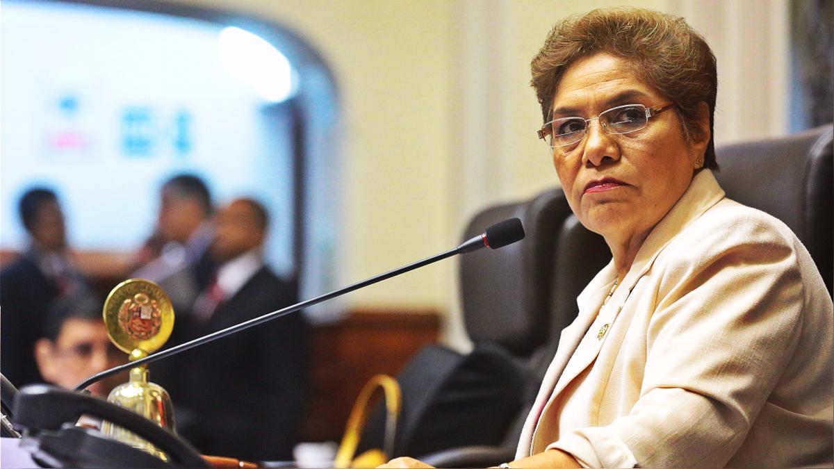 La presidenta del Congreso, Luz Salgado.
