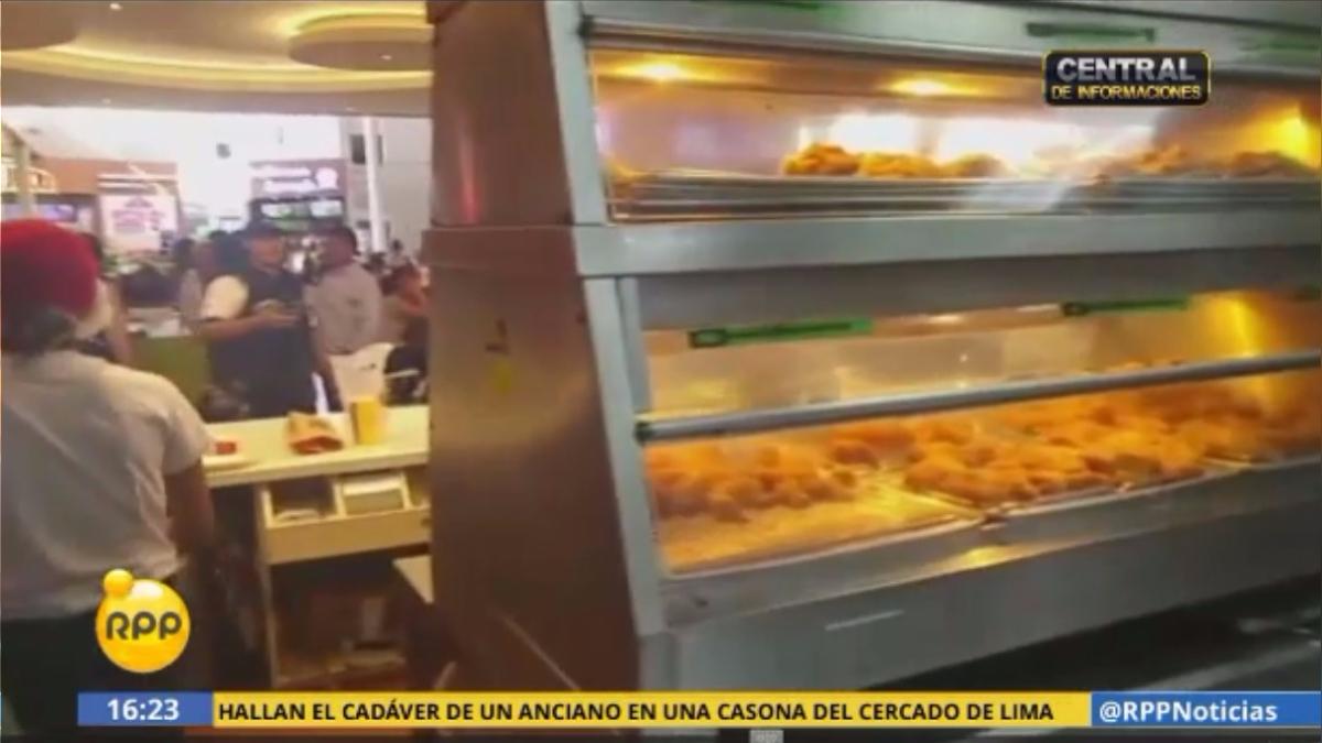 La Municipalidad de Lima inspeccionó los ambientes del local de comida rápida.