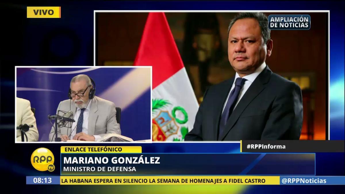 Así fue como González puso su cargo a disposición en RPP Noticias.