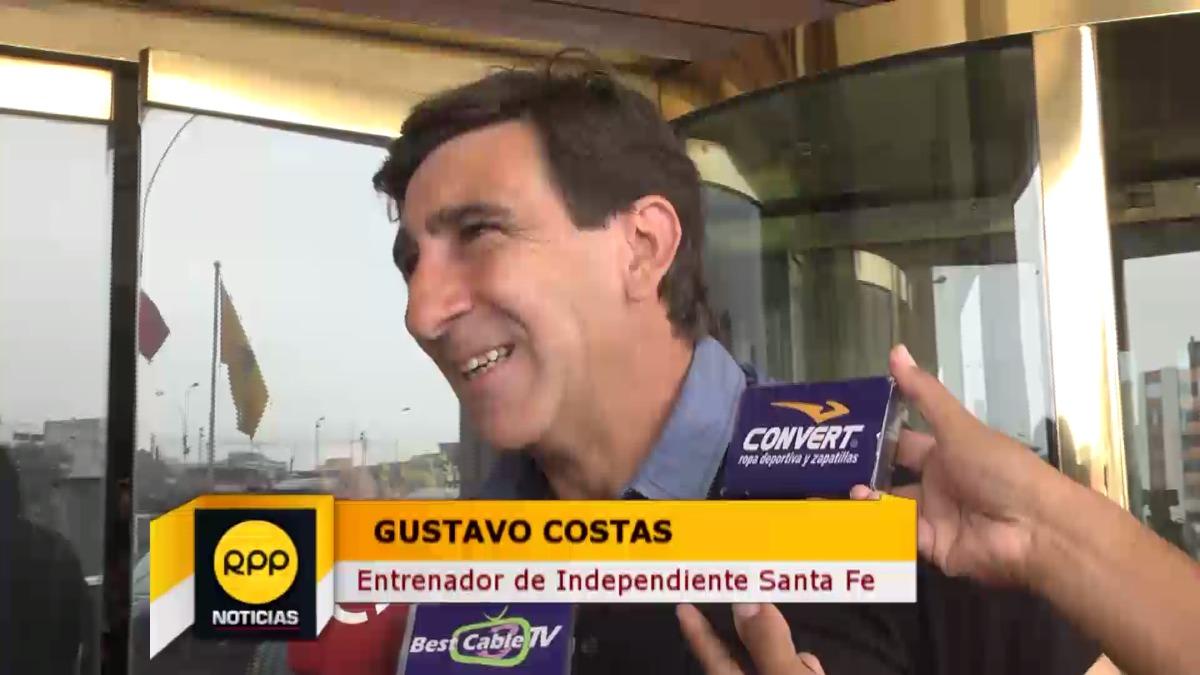 Salió campeón con Alianza Lima en el 2003 y 2004.