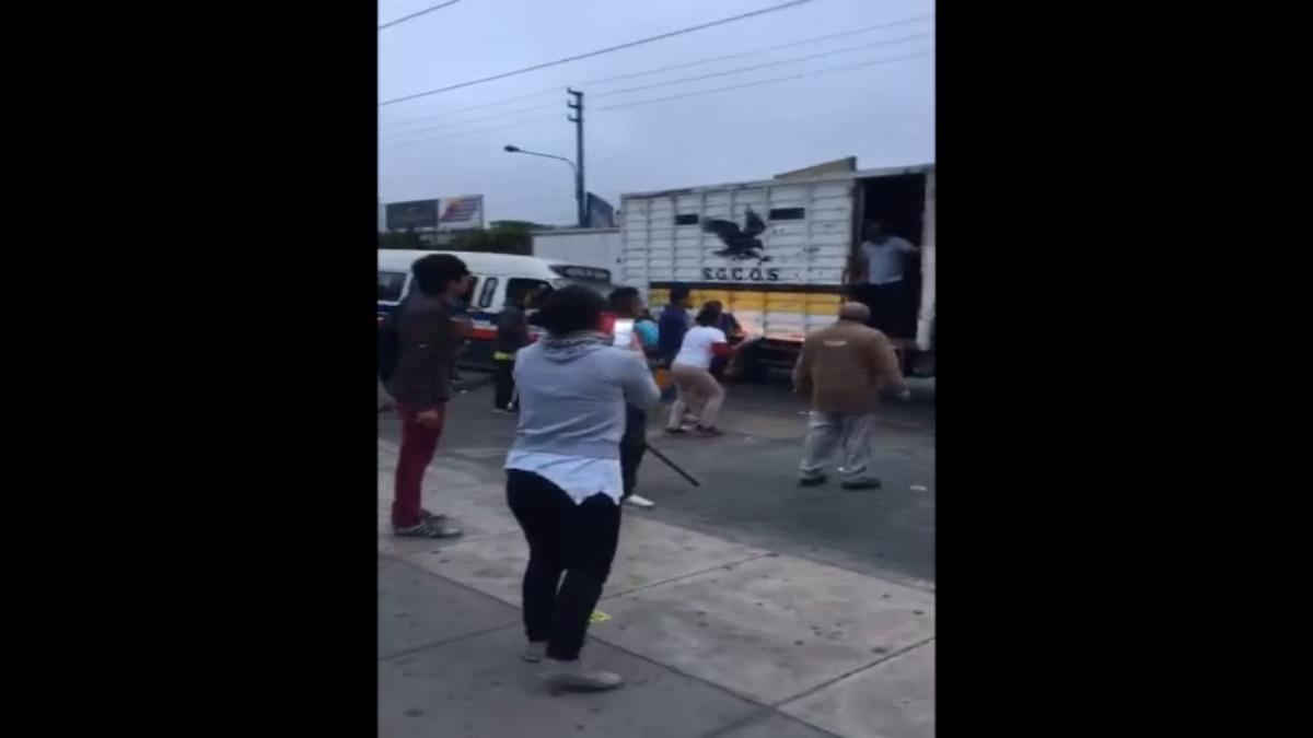 Así fue la reacción de varios usuarios tras el decomiso de una carreta por municipales de Ate.