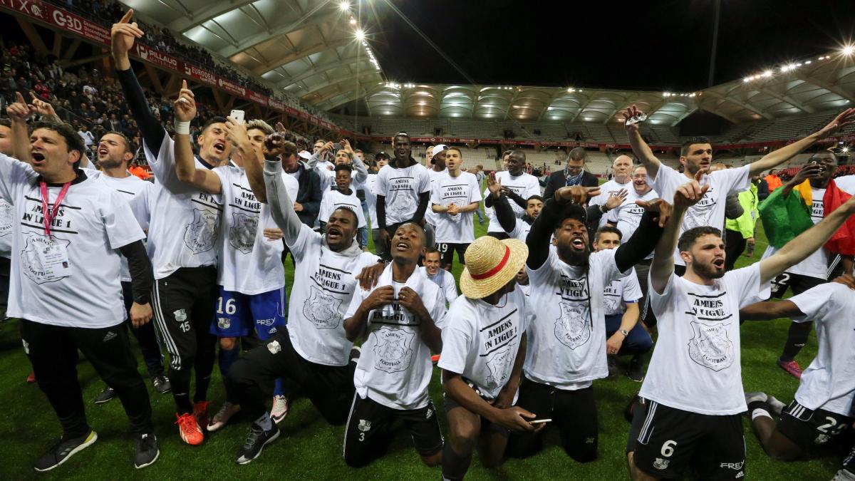 Revive el tanto de Emmanuel Bourgaud, para darle el ascenso al Amiens a la Ligue 1.