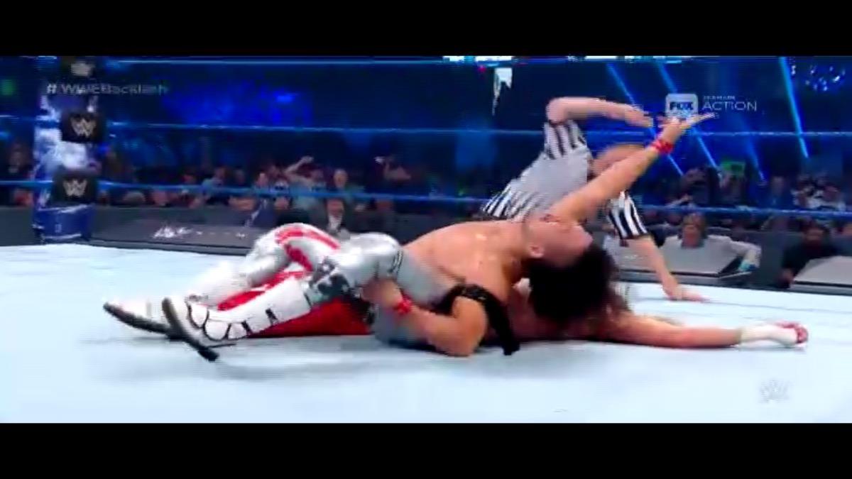 Nakamura ganó luego de aplicar un Kinshasa a su oponente.