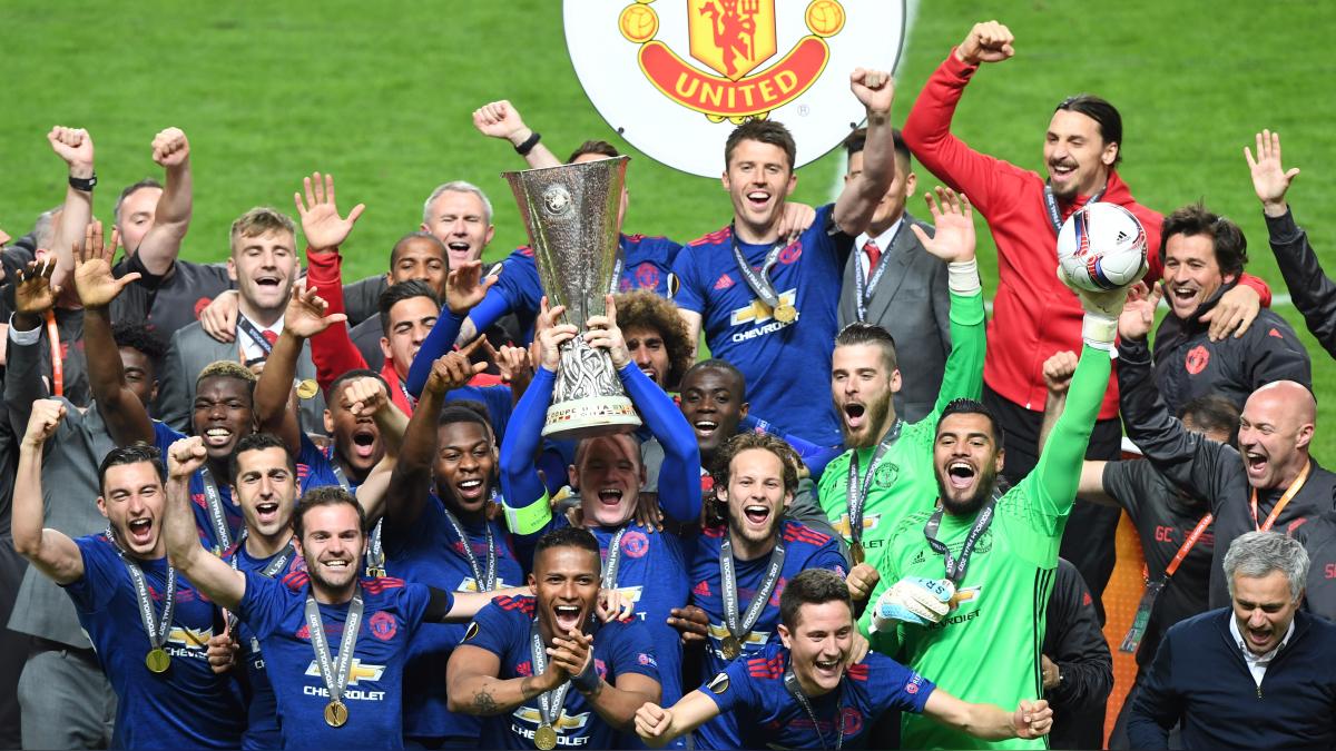 El United de Mourinho se lleva el título y consigue el billete para la Champions.
