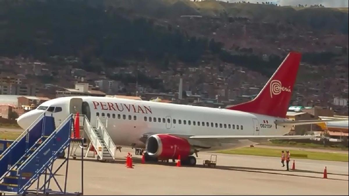 Avión presentó desperfecto mecánico antes de despegar.