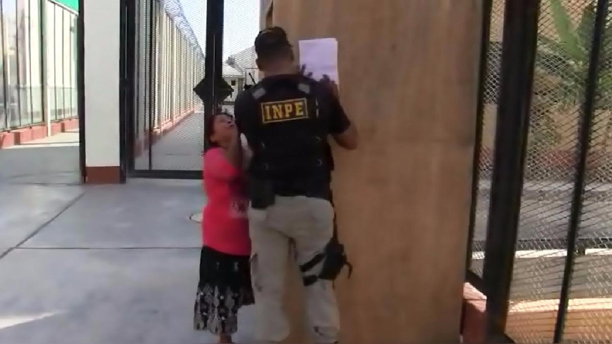 Inés Santos pidió porfavor a los agentes del INPE que no la denuncien ante la Fiscalía.