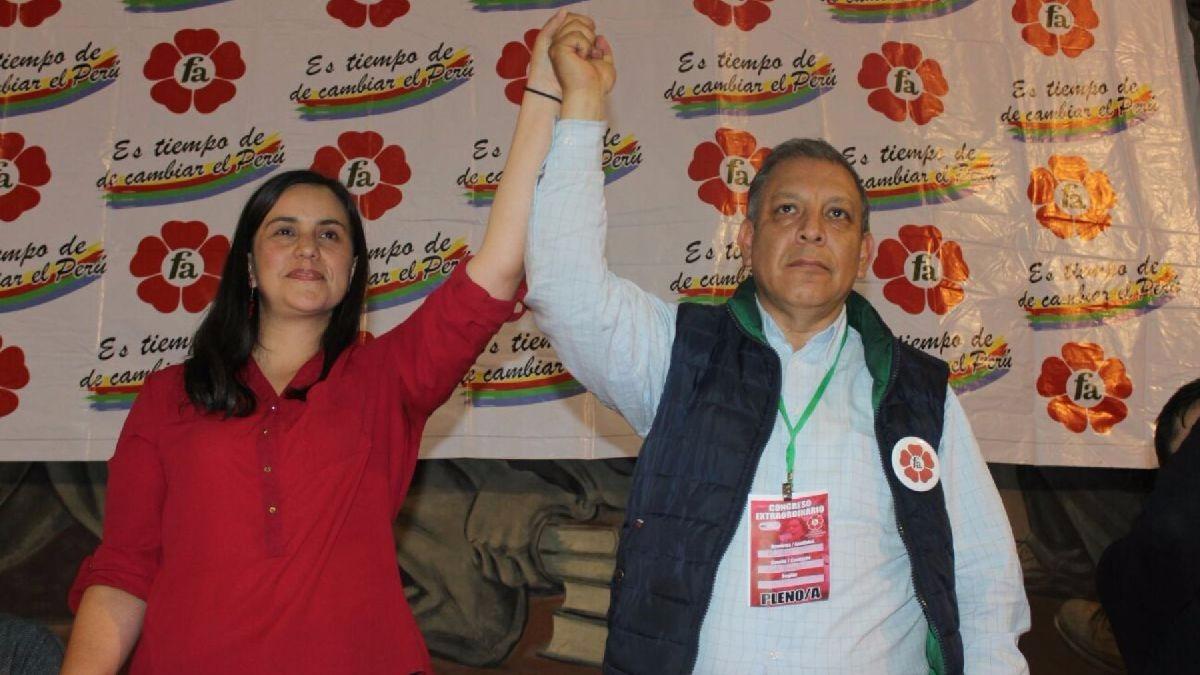 Las facciones lideradas por Verónika Mendoza y Marco Arana, el Movimiento Nuevo Perú y Tierra y Libertad, están enfrentadas dentro de la bancada del Frente Amplio.