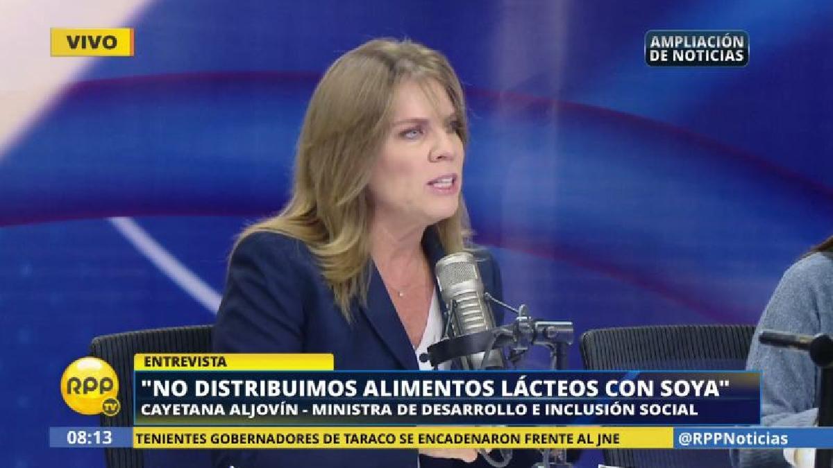 Cayetana Aljovín aseguró que su cartera no distribuye Pura Vida a los niños.