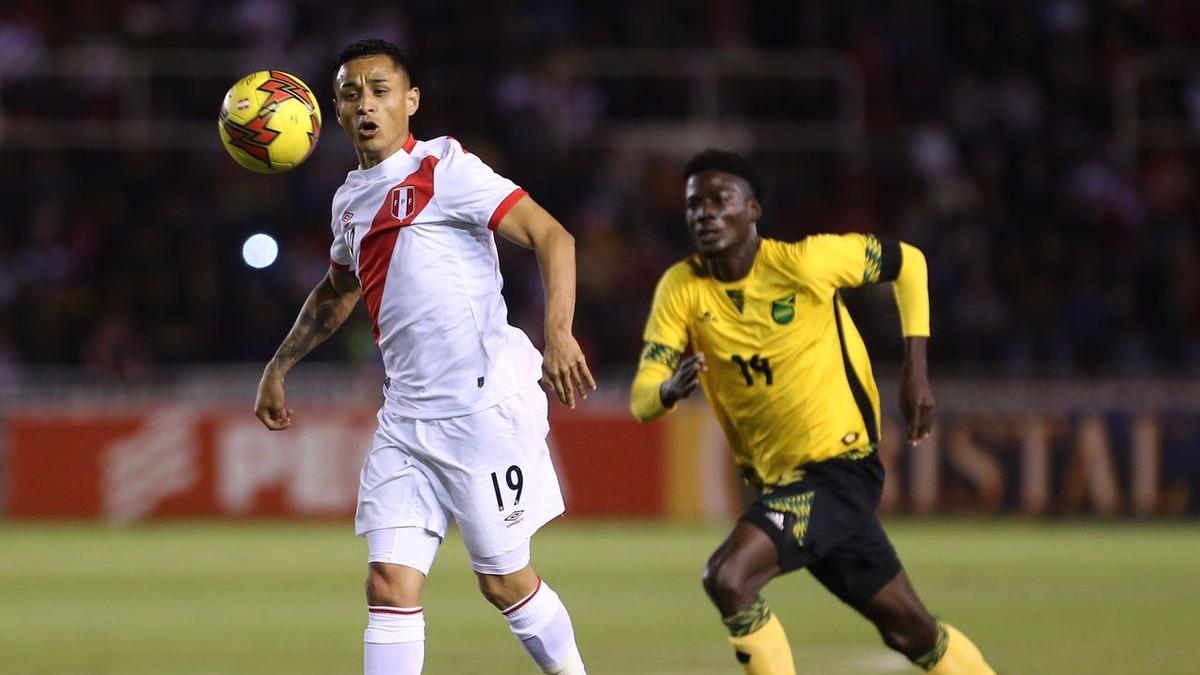 Yoshimar Yotún fue titular en los dos partidos amistosos de la Selección, ante Paraguay y Jamaica.