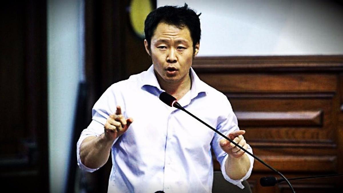 El congresista afirmó que se ebdería utilizar el tiempo del pleno para debatir proyectos de ley.