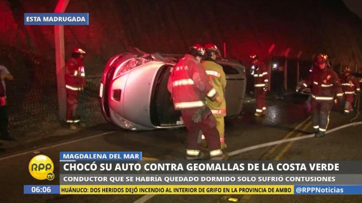 Pese a la violencia del choque, el conductor solo resultó solo con heridas menores.