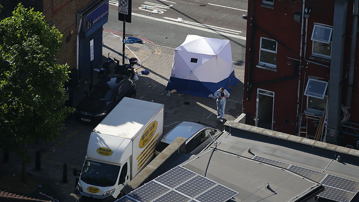 El vehículo que manejó el autor del atentado.