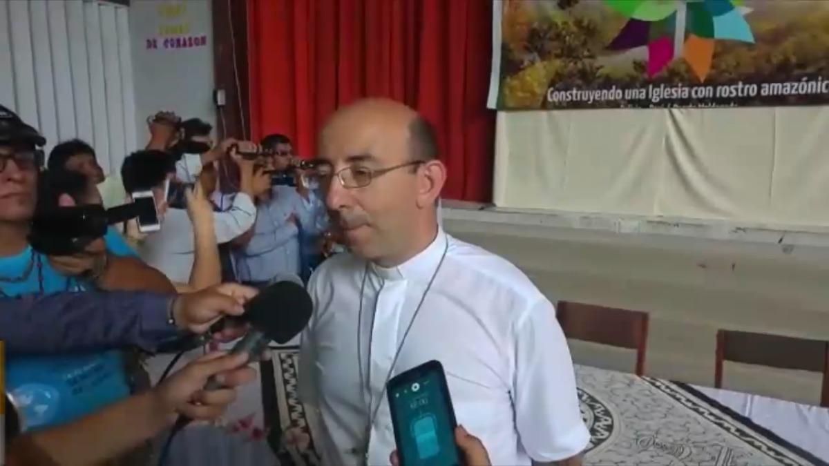 Obispo del Vicariato Apostólico de Puerto Maldonado, David Martínez de Aguirre Guinea.
