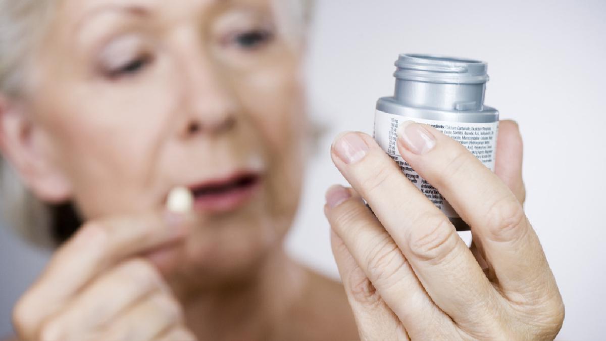 La aspirina tiene un efecto antiplaquetario, es decir, evita la formación de coágulos.