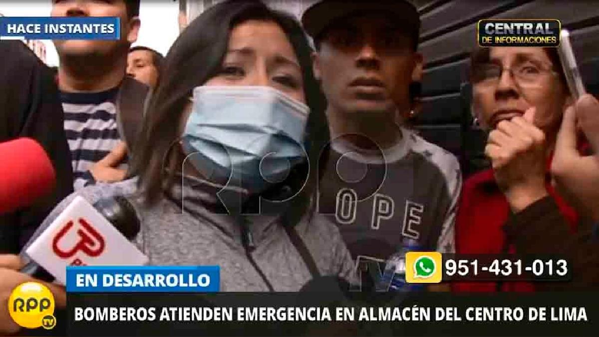 Los familiares de Hovy Herrera, otro joven atrapado en el incendio, llegaron hasta la zona del siniestro.