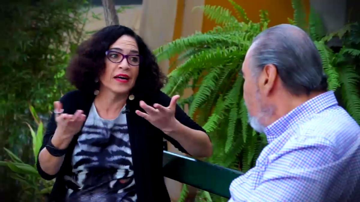 Wendy Ramos explicó su fascinación por las redes sociales.