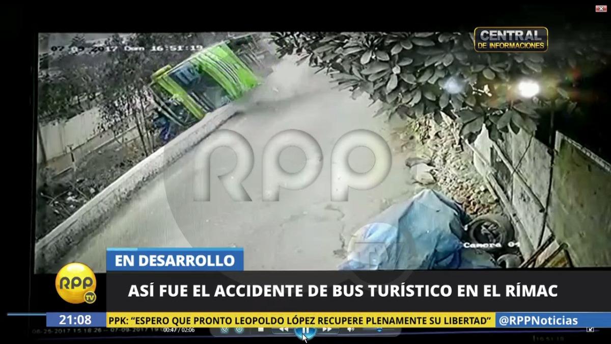 La caída del bus dejó nueve muertos en el Rímac.