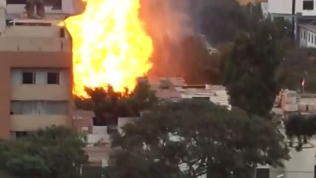 Así fueron las explosiones cerca de la avenida Aramburú en San Isidro.
