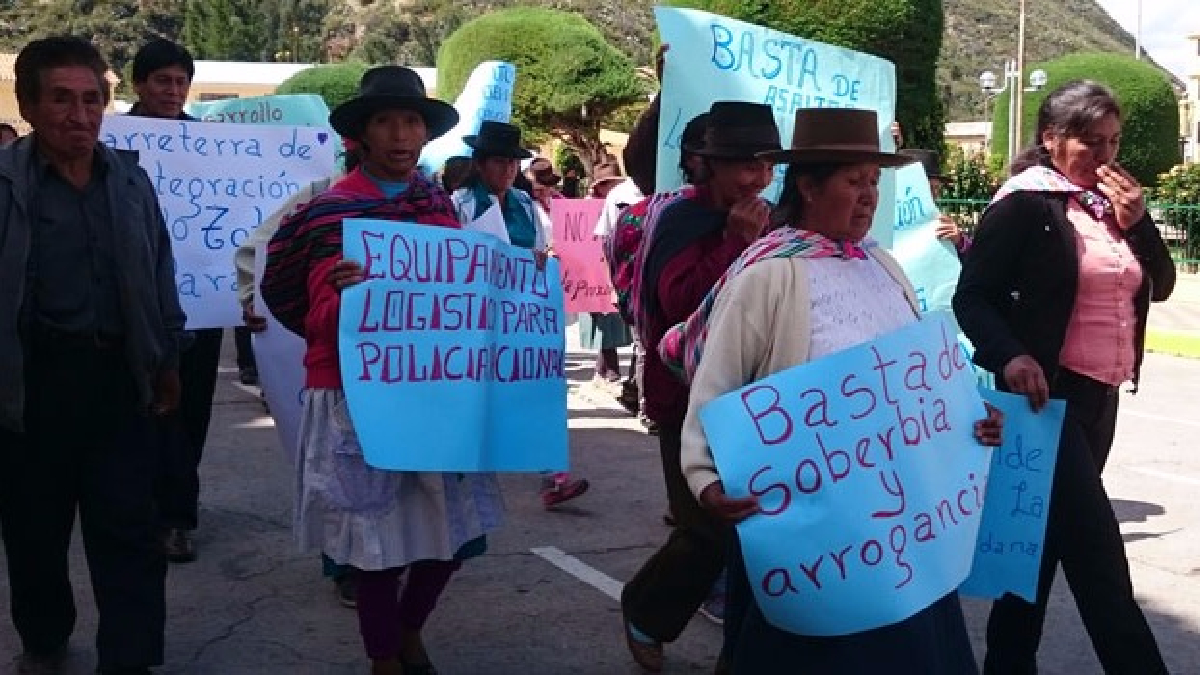 La población pide resguardo policial en carreteras que unen las provincias de Huamanga con Cangallo.