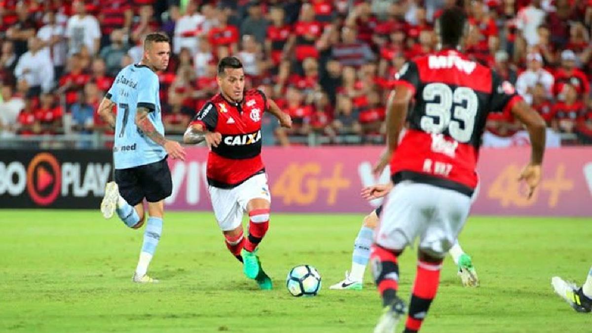 Flamengo perdió en el Brasileirao y se aleja de la punta