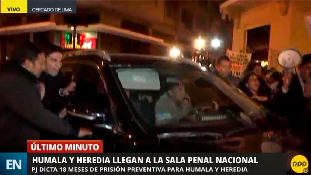 La llegada del expresidente y su esposa a la Sala Penal Nacional se dio a las 9 y 12 de la noche.