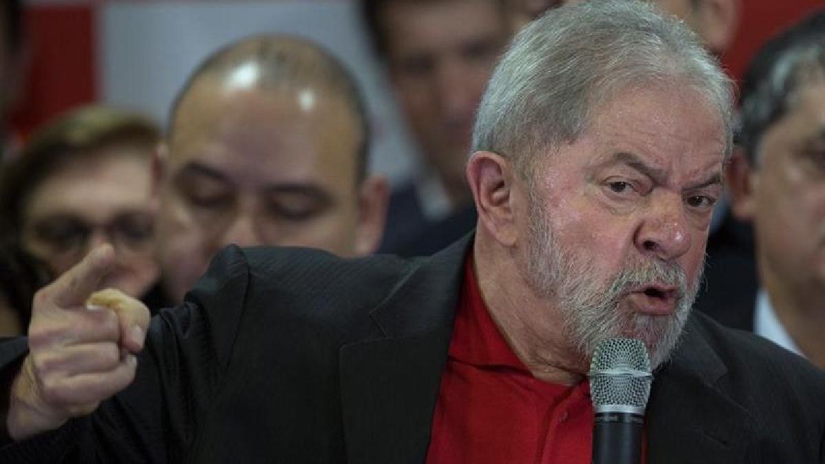 Lula da Silva fue condenado a nueve años y medio de prisión por corrupción y lavado de dinero.