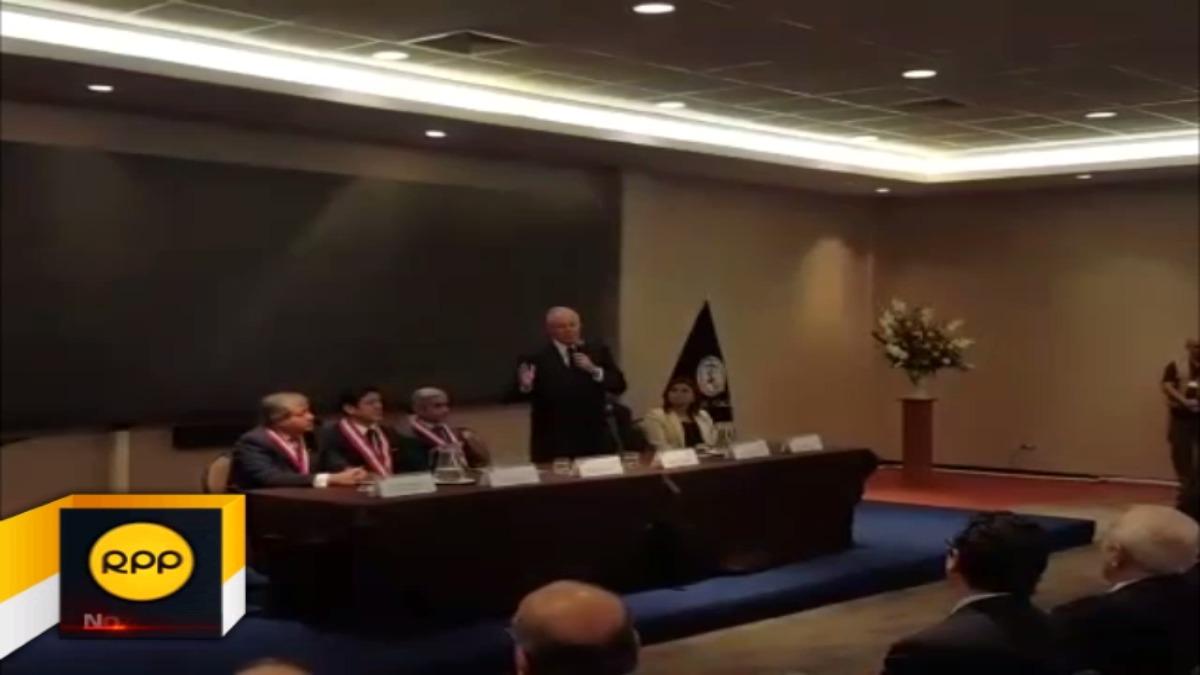 Kuczynski aseguró que su gobierno no protege al ex presidente Alejandro Toledo sobre denuncia por recibir presunta coima de Odebrecht.