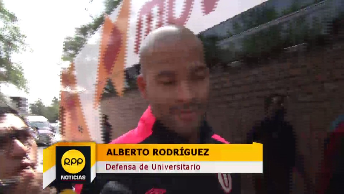 El plantel de Universitario de Deportes partió en bus a Huaraz.