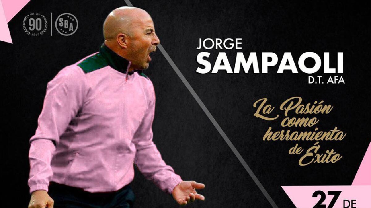 Jorge Sampaoli regresará al Perú este 27 de julio.