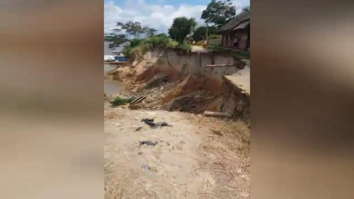 Cinco kilómetros de extensión de la orilla del río Marañón se vio afectado por los deslizamientos.