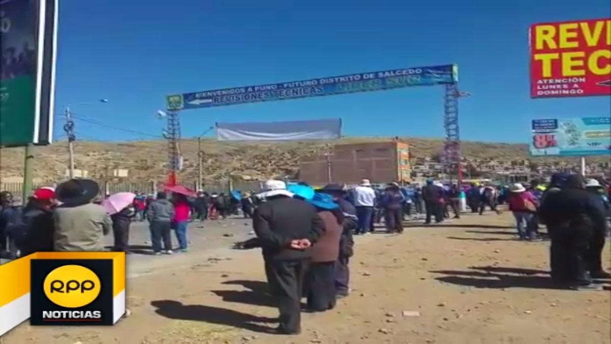 Bloqueo de vía en Puno