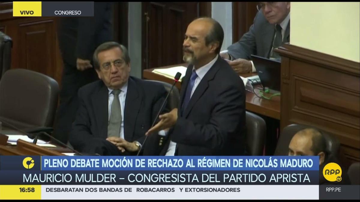 Mauricio Mulder tuvo un encuentro con los parlamentarios de izquierda.