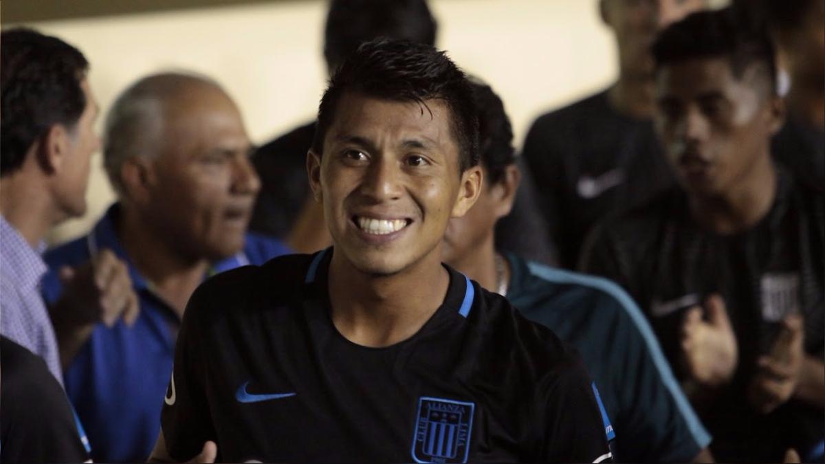 Rinaldo Cruzado regresó a Alianza Lima como refuerzo para la temporada 2017.