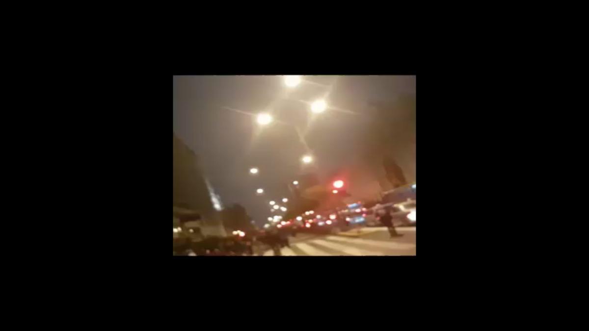 Otro vídeo del enfrentamiento en la avenida Abancay.