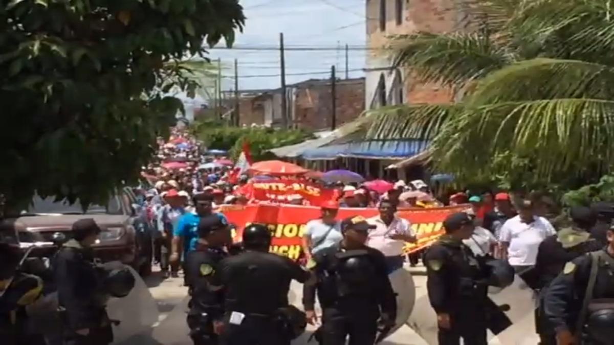 Colegios parroquiales apoyan huelga de docentes.