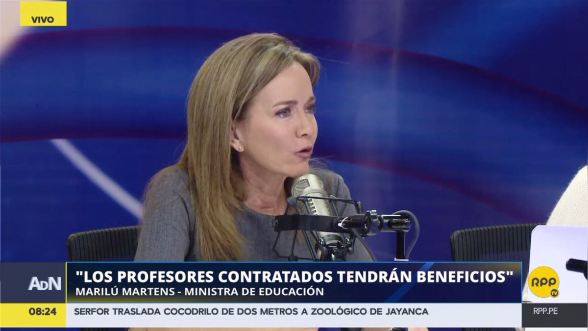 Marilú Martens dijo que es un compromiso de su cartera mejorar las condiciones de los maestros.