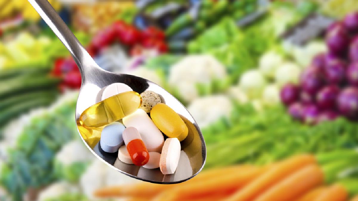 Los suplementos vitamínicos sí pueden ser una opción, si la persona presenta una deficiencia o condición de salud que no mejora con la dieta.