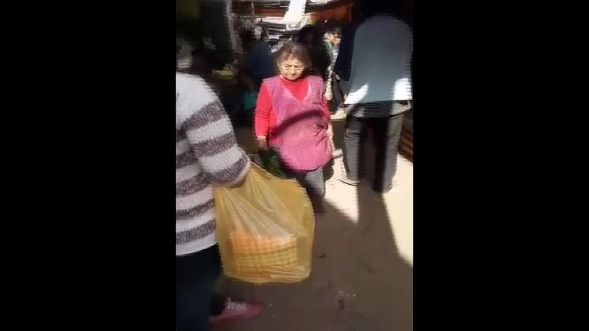 El área de fiscalización de la Municipalidad de Chosica llegará al mercado para desalojar a los ambulantes de la vía.