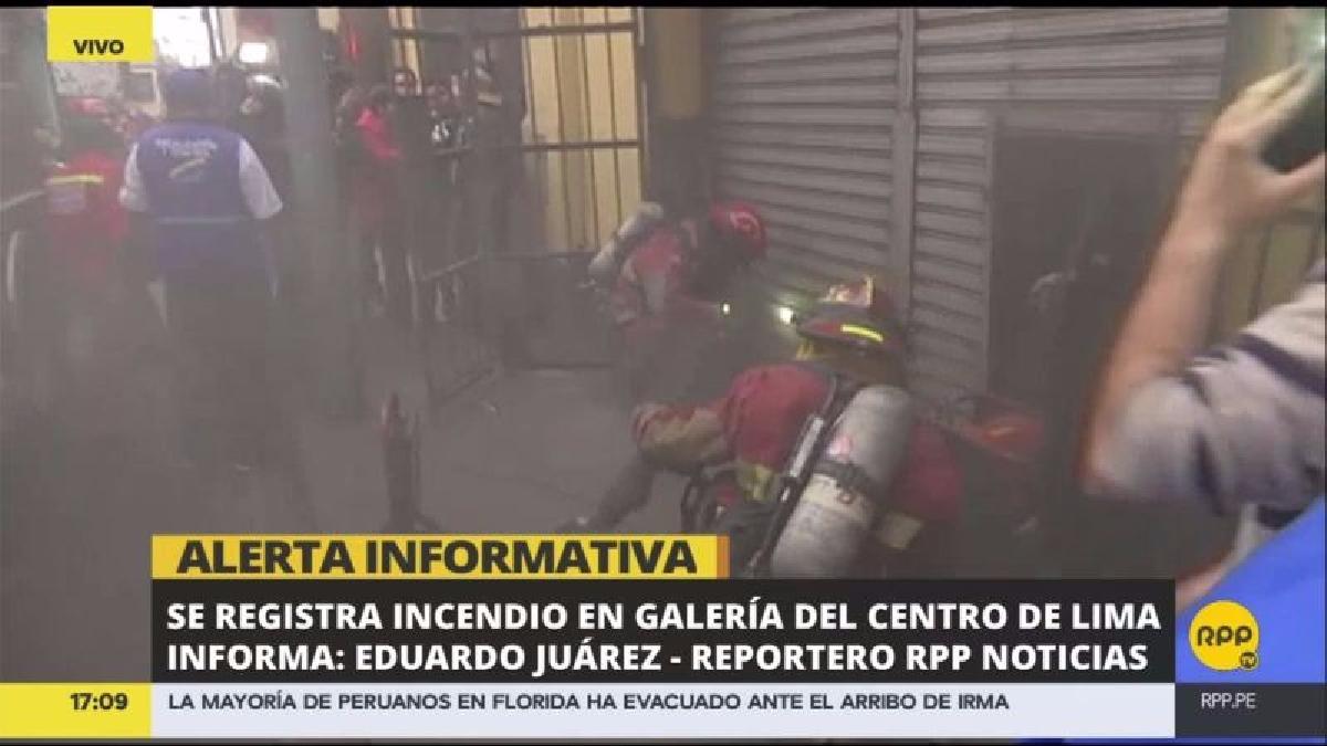 El gerente de Defensa Civil de la Municipalidad de Lima, Mario Casaretto, comentó que se trata de un incendio código 1.