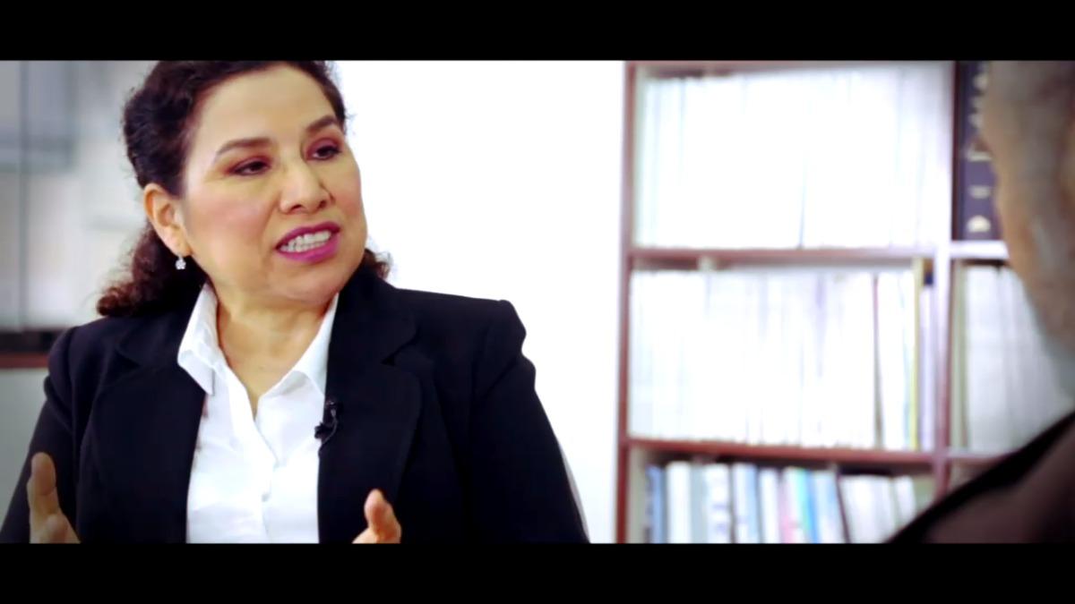 La doctoria Rosario Rojas habla sobre la revolución del cacao.