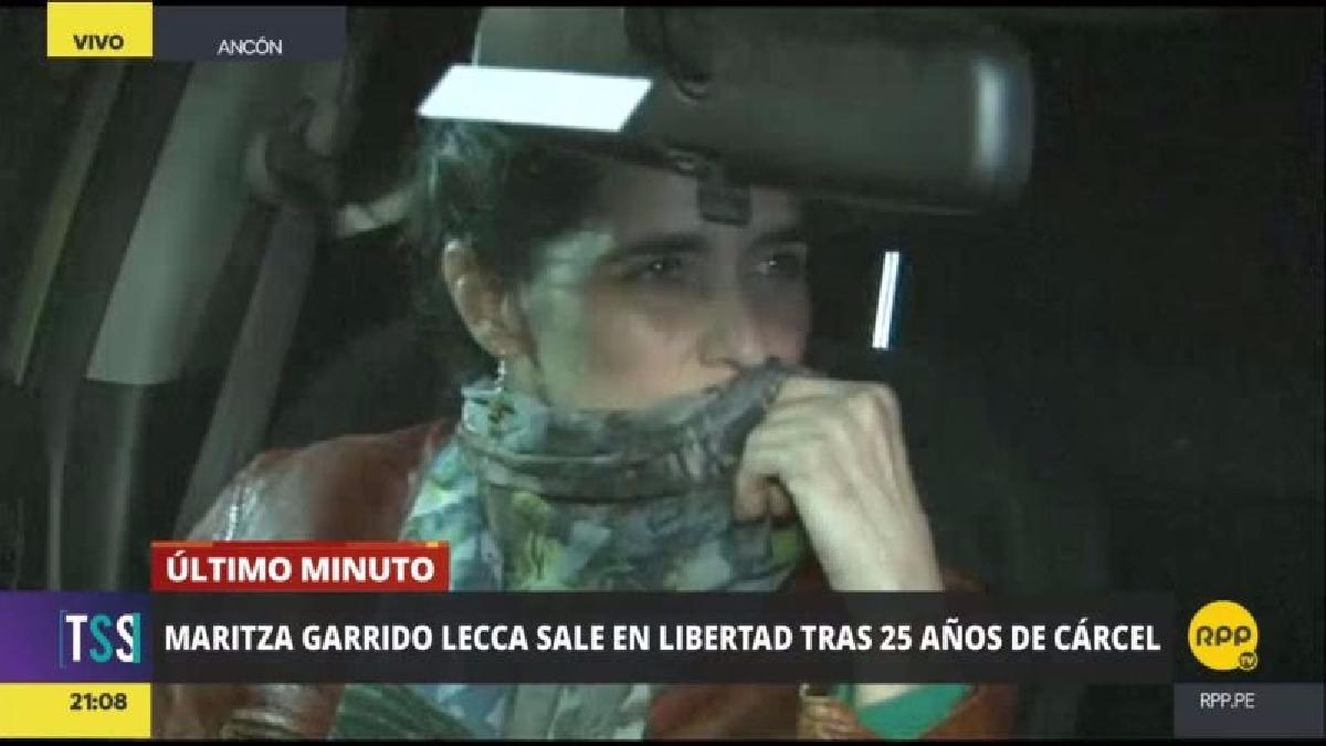 Garrido Lecca dejó el penal a las 9:03 de la noche y solo fue recibida por su hermano Javier, a quien saludó sonriente.