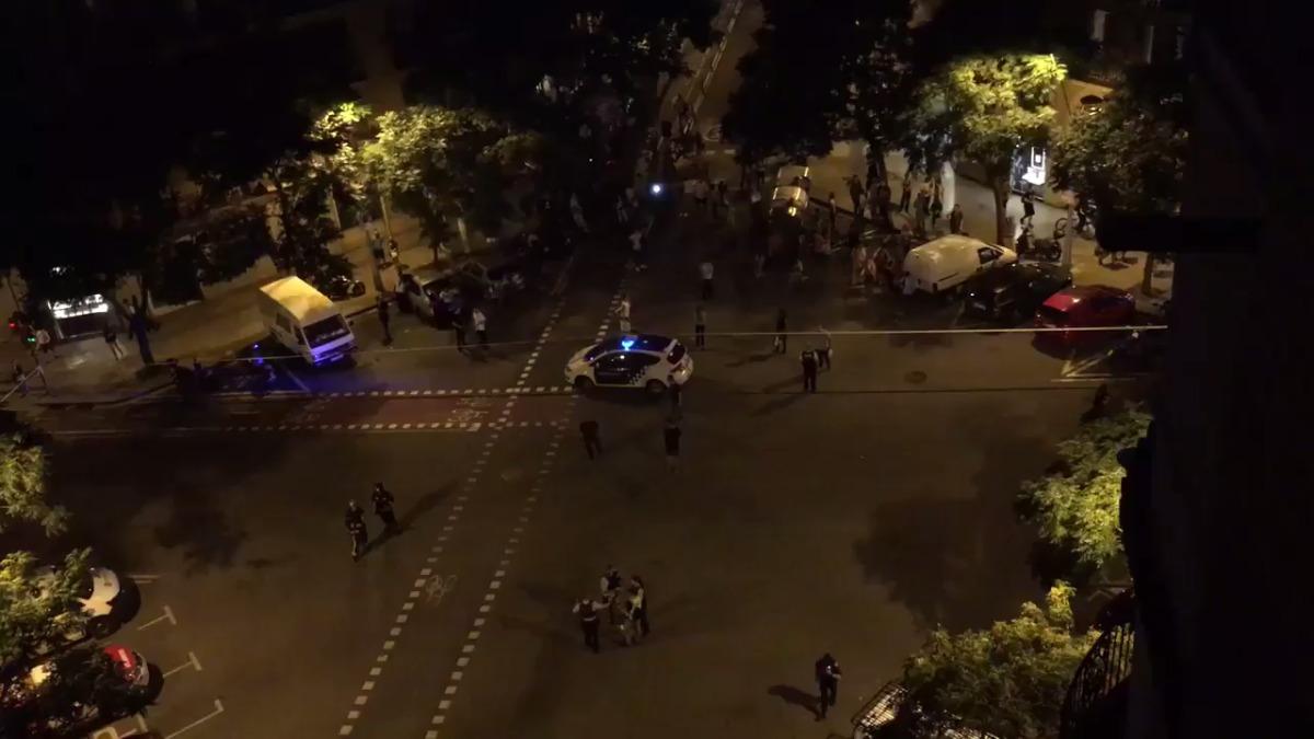 La Policía interviene en los alrededores de la iglesia Sagrada Familia .