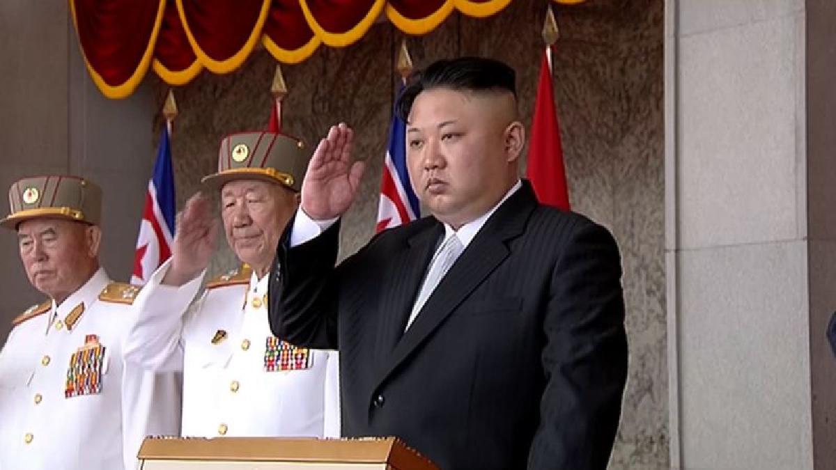 Corea del Norte no podrá vender fuera del país sus productos textiles, una industria que, según datos de EE.UU., genera 760 millones de dólares al año y es una de las principales fuentes de divisas del régimen de Pyongyang.